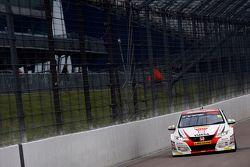 Matt Neal, Honda Yuasa Racing Honda Civic Type R