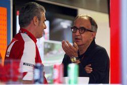 Maurizio Arrivabene, Ferrari teambaas met Sergio Marchionne, Ferrari President en CEO Fiat Chrysler
