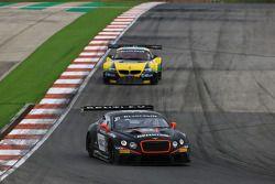 #83 Bentley Team HTP Bentley Continental GT3 : Max van Splunteren, Jules Szymkowiak
