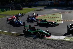 Sandy Stuvik, Status Grand Prix and Alex Fontana, Status Grand Prix leads Pal Varhaug, Jenzer Motorsport and Ralph Boschung, Jenzer Motorsport