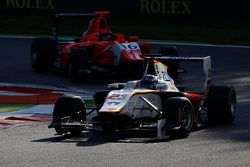 Zaid Ashkanani, Campos Racing leads Aleksander Bosak, Arden International