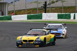 #77 BMW Sports Trophy Team Brasil BMW Z4: Atila Abreu, Valdeno Brito
