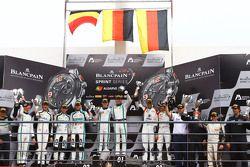 Podio gara qualifiche: vincitori Maximilian Buhk, Vincent Abril, second secondi Laurens Vanthoor, Ro