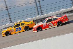 John wes Townley, Athenian Motorsports Chevrolet y Ty Dillon, Richard Childress Racing Chevrolet