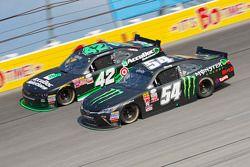 Kyle Larson, HScott Motorsports con Chip Ganassi y Kyle Busch, Joe Gibbs Racing Toyota