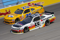John wes Townley, Athenian Motorsports Chevrolet y Paul Menard, Richard Childress Racing Chevrolet