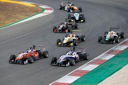 Michele Beretta, Mücke Motorsport Dallara Mercedes-Benz y Wing Chung Chang, Fortec Motorsports Dalla