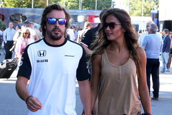Fernando Alonso, McLaren Honda and his girlfriend Lara Alvarez