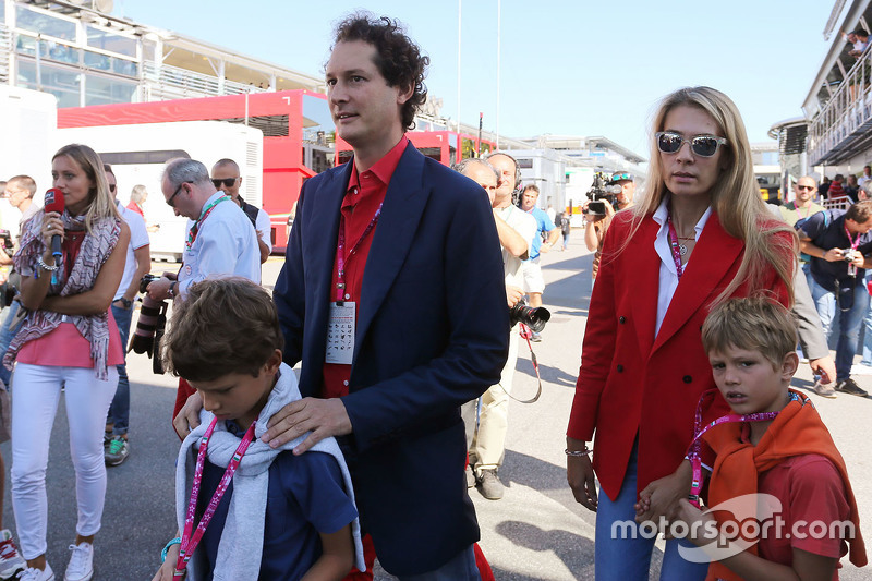 John Elkann, Chairman of Fiat Chrysler with his wife Lavinia Borromeo