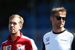 Sebastian Vettel, Ferrari and Jenson Button, McLaren on the drivers parade observe a minute's silence for Justin Wilson