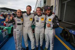 Yarış kazananı Adam Christodoulou, Hubert Haupt, Abdulaziz al Faisal, Yelmer Buurman, Black Falcon