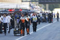 Hilmer Motorsport mechanic