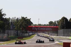 Машины GP2 на старте