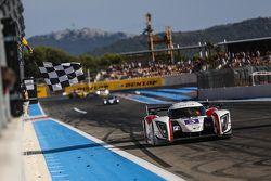 #3 Team LNT Ginetta - Nissan: Chris Hoy, Charlie Robertson meraih kemenangan