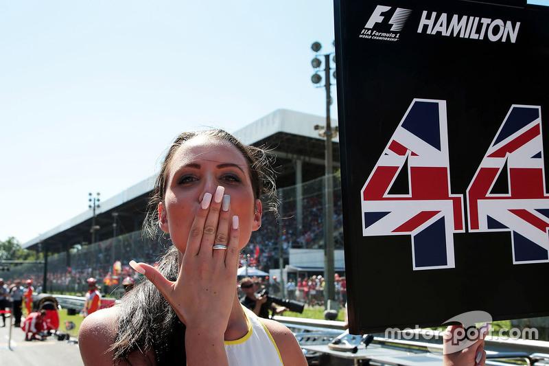 Chicas de la parrilla para Lewis Hamilton GP de Italia