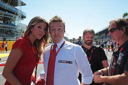 Federica Masolin, Presentatrice Sky F1 Italia con Davide Valsecchi, Presentatore Sky F1 Italia sulla griglia di partenza