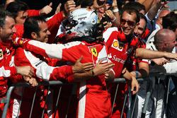 Sebastian Vettel, Ferrari celebra su segunda posición en parc ferme