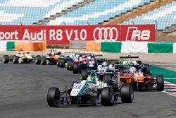 Nabil Jeffri, Motopark Dallara Volkswagen, dan Michele Beretta, Mücke Motorsport Dallara Mercedes-Be