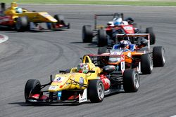 Antonio Giovinazzi, Jagonya Ayam with Carlin Dallara Volkswagen, Santino Ferrucci, Mücke Motorsport