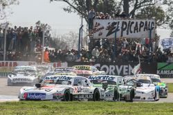 Leonel Sotro, Alifraco Sport Ford ve Juan Bautista de Benedictis, di Meglio Motorsport Ford ve Feder
