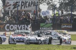 Laureano Campanera, Donto Racing Chevrolet and Camilo Echevarria, Coiro Dole Racing Torino and Marti