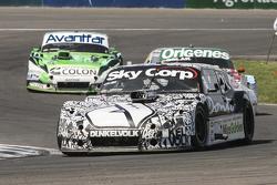 Laureano Campanera, Donto Racing Chevrolet and Camilo Echevarria, Coiro Dole Racing Torino and Juan