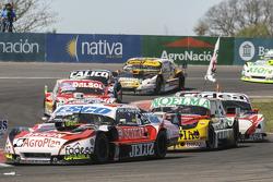 Guillermo Ortelli, JP Racing Chevrolet e Nicolas Bonelli, Bonelli Competicion Ford e Norberto Fontan