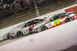 Kurt Busch, Stewart-Haas Racing Chevrolet y Jeff Gordon, Hendrick Motorsports Chevrolet