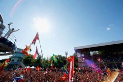Podium: third place Felipe Massa, Williams