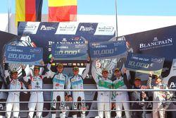 Podyum: Kazanan Laurens Vanthoor, Robin Frijns, ikinci Markus Winkelhock, Niki Mayr-Melnhof, üçüncü