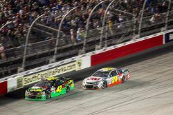 Kyle Larson, Chip Ganassi Racing Chevrolet and Jeff Gordon, Hendrick Motorsports Chevrolet