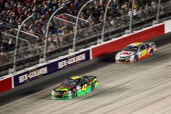 Kyle Larson, Chip Ganassi Racing Chevrolet y Jeff Gordon, Hendrick Motorsports Chevrolet