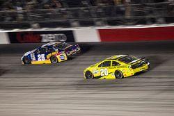 Chase Elliott, Hendrick Motorsports Chevrolet and Matt Kenseth, Joe Gibbs Racing Toyota
