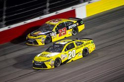 Jeb Burton, BK Racing Toyota and Matt Kenseth, Joe Gibbs Racing Toyota