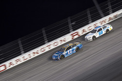 Ricky Stenhouse Jr., Roush Fenway Racing Ford y Josh Wise