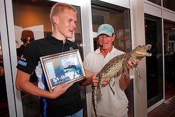 Ott Tanak, M-Sport y un cocodrilo
