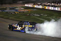 Kazanan Chase Elliott, JR Motorsports Chevrolet
