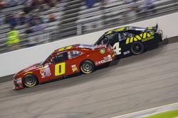 Harrison Rhodes, JD Motorsports Chevrolet y Cale Conley, TriStar Motorsports Toyota