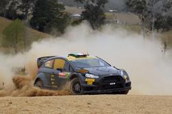 Лоренцо Бертелли и Джовани Бераккини, Ford Fiesta WRC