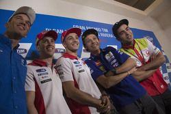 Da sinistra a destra: Alex de Angelis, E-Motion IodaRacing Team, Andrea Dovizioso, Ducati Team, Andrea Iannone, Ducati Team, Valentino Rossi, Yamaha Factory Racing, Danilo Petrucci, Octo Pramac Racing