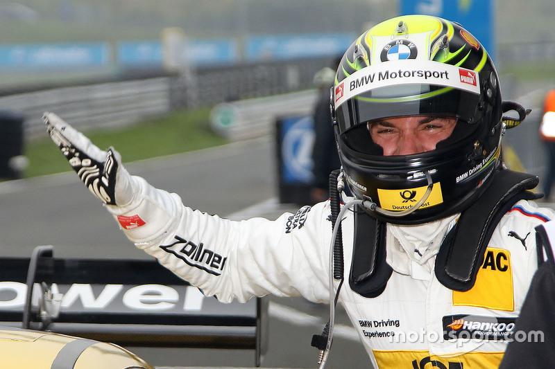 Polesitter Timo Glock, BMW Team MTEK BMW M3 DTM celebrates