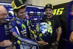 Valentino Rossi, Yamaha Factory Racing met speciale helm