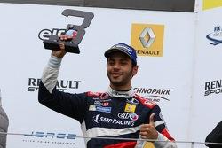 Подиум: Матевос Исаакян, JD Motorsport, третий