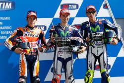 Tweed Marc Marquez, Repsol Honda Team, polezitter Jorge Lorenzo en derde Valentino Rossi, Yamaha Fac