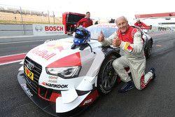 Hans-Joachim Stuck avec l'Audi RS 5 DTM race taxi