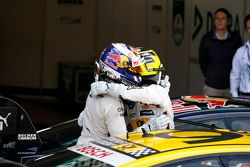 Antonio Felix da Costa, BMW Team Schnitzer BMW M4 DTM en winnaar Timo Glock, BMW Team MTEK BMW M3 DT