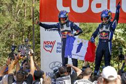 Vainqueurs et Champions du Monde 2015 : Sébastien Ogier et Julien Ingrassia, Volkswagen Polo WRC, Volkswagen Motorsport