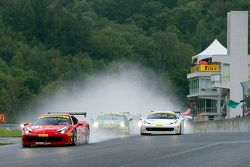 Partenza: #77 Ferrari Quebec Ferrari 458TP: Emmanuel Anassis leads