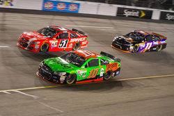Danica Patrick, Stewart-Haas Racing Chevrolet et Justin Allgaier, HScott Motorsports Chevrolet