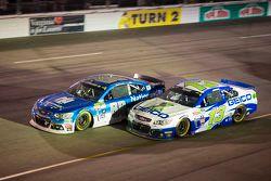 Dale Earnhardt Jr., Hendrick Motorsports Chevrolet and Casey Mears, Germain Racing Chevrolet